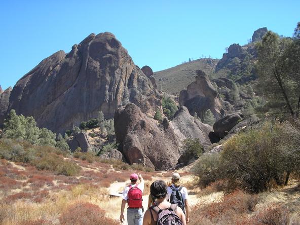 Dr. Ivano Aiello leads a class through Pinnacles National Monument.