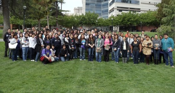 Group shot of several hundred EOP students on Tower Lawn.