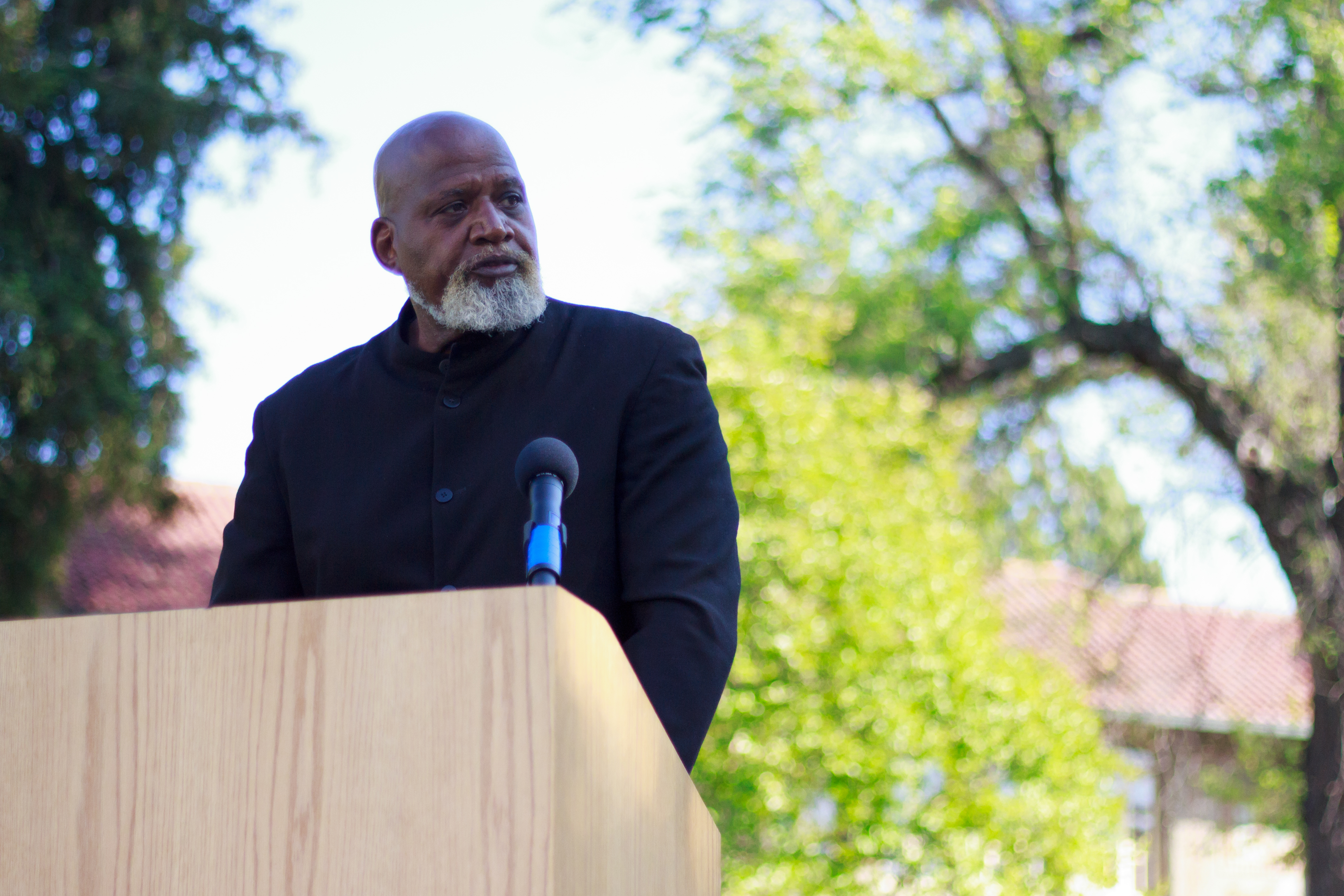 Harry Edwards speaks at a campus event in May 2012 (photo: Christina Olivas)