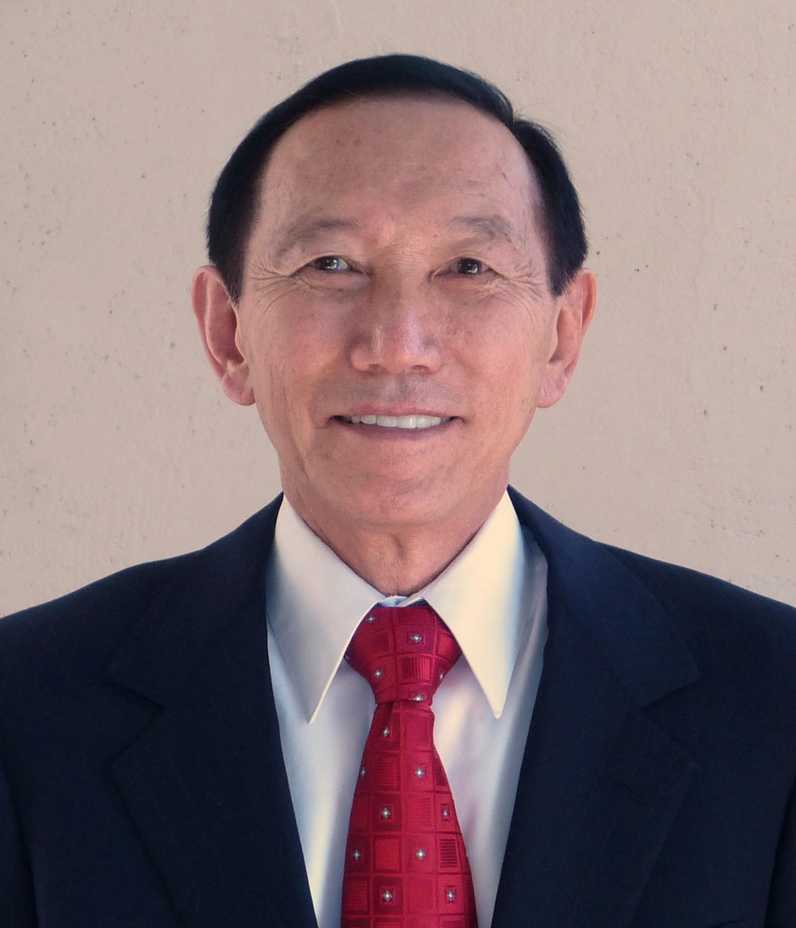 Roy Kusumoto