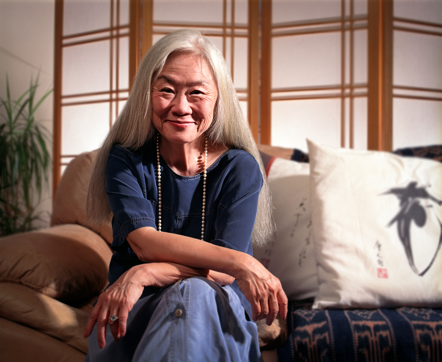 Maxine Hong Kingston (photo by Alexander Warnow)