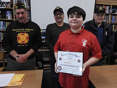VFW Post 1615 Recognizes SOMS Patriot's Pen Winner, Finalists
