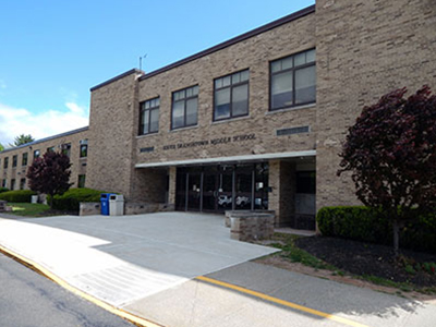 Facade of South Orangetown Middle School