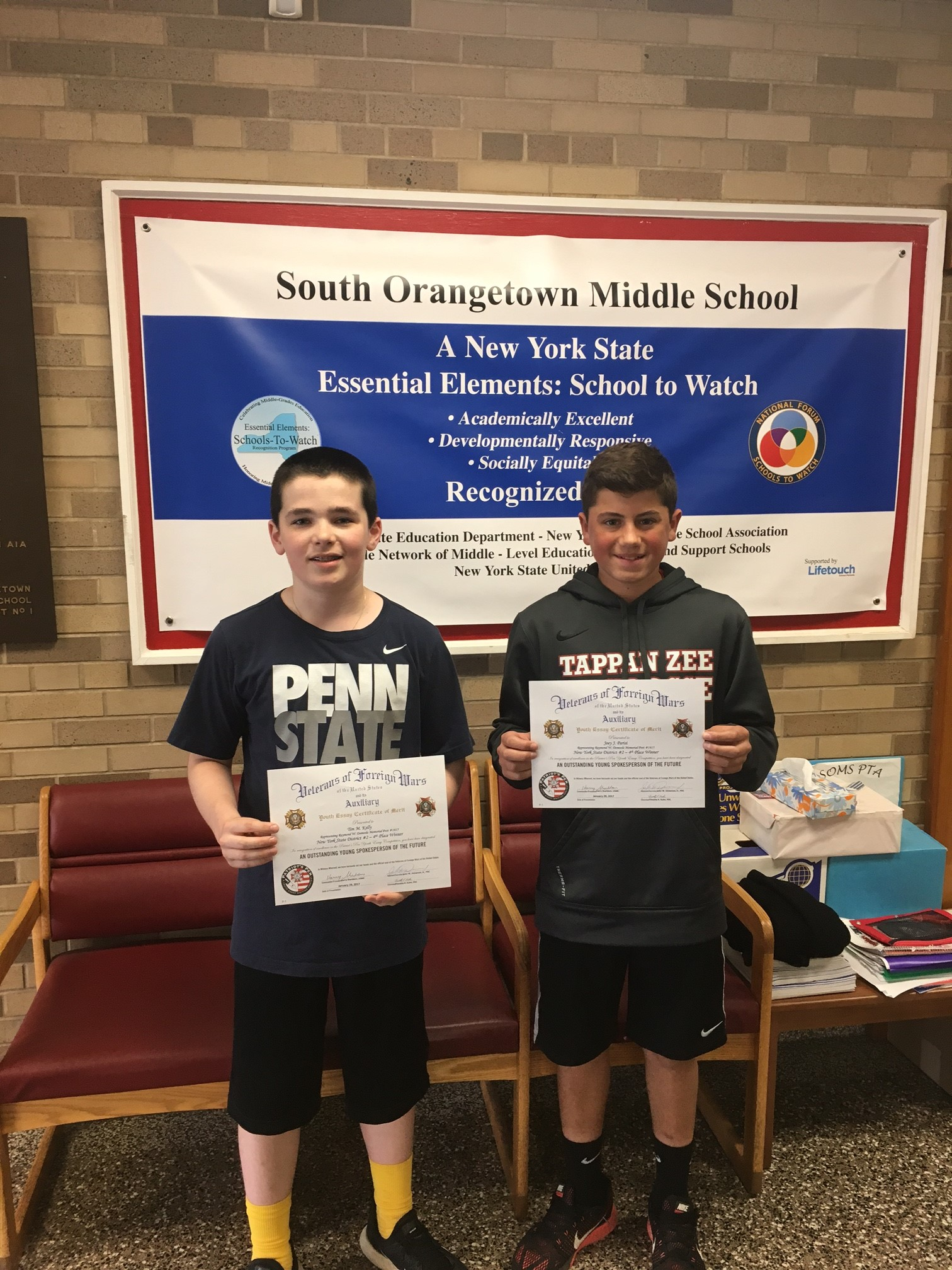 patriots pen vfw essay Region 15 students participate in vfw patriot's - southbury, ct - the patriot's pen is a national youth essay contest that encourages students to write essays expressing their views on patriotic themes.