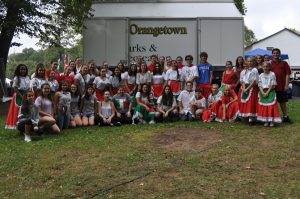 TZHS and SOMS Italian language students pose for group photo at 2017 Italian Fest