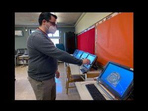 Teacher Andrew McIntosh demonstrating use of zSpace