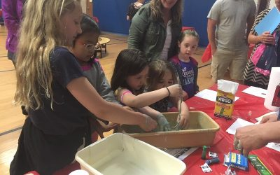"""Fun Night Encourages Families To """"Science"""" Together"""