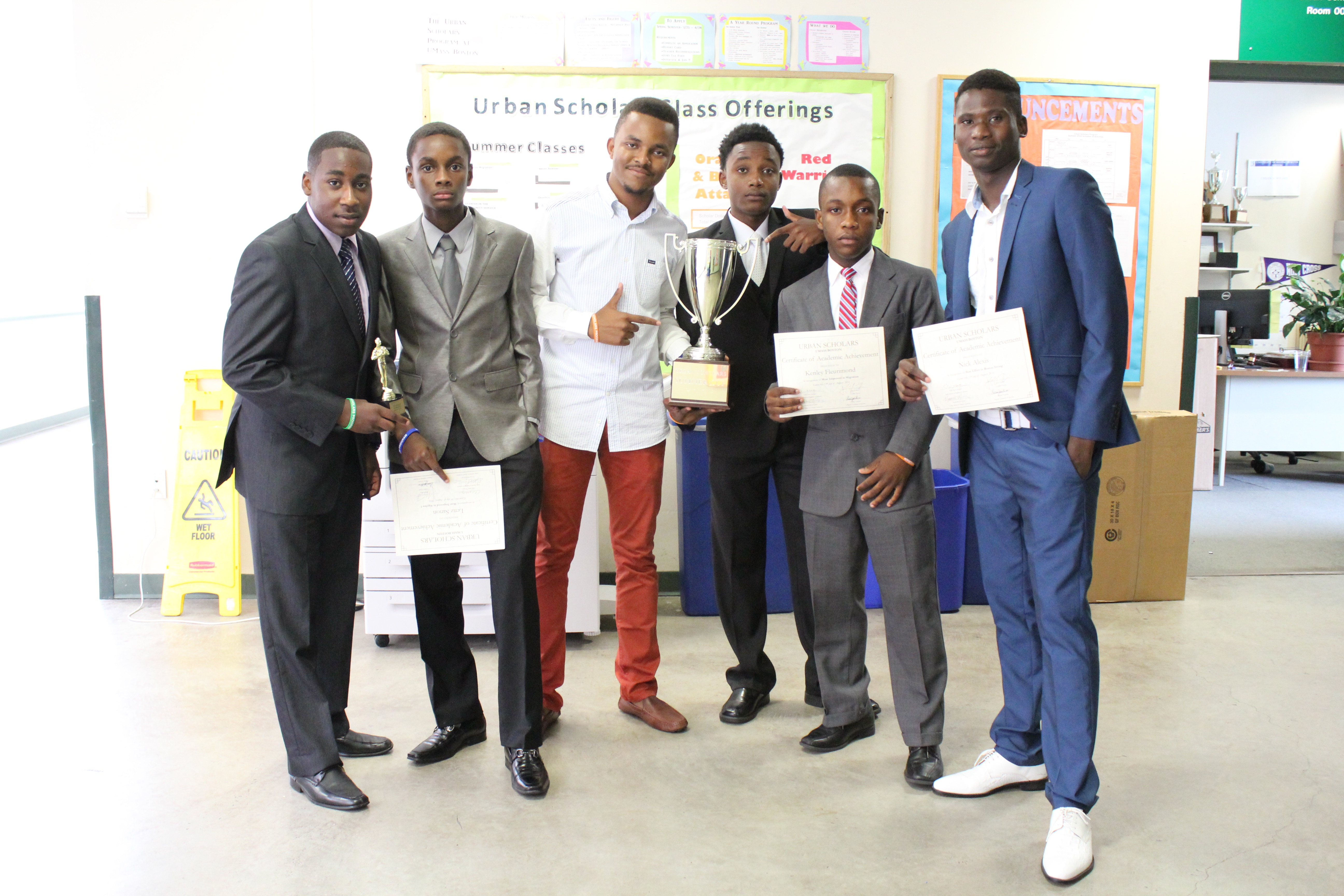 This group of Urban Scholars member shows off their awards!
