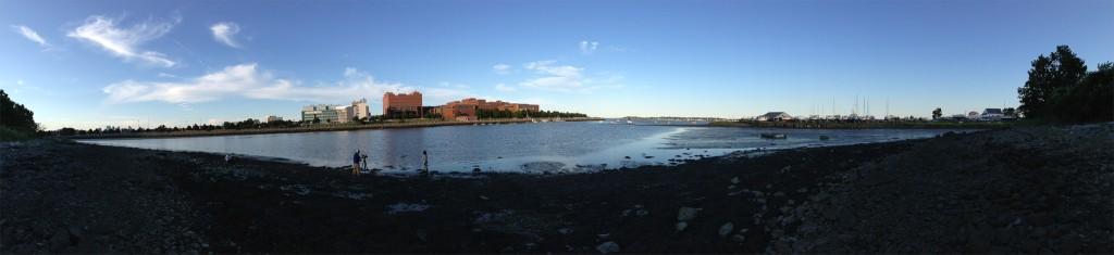 Photo os Savin Hill Cove near UMass Boston by rrez.hy via Flickr.