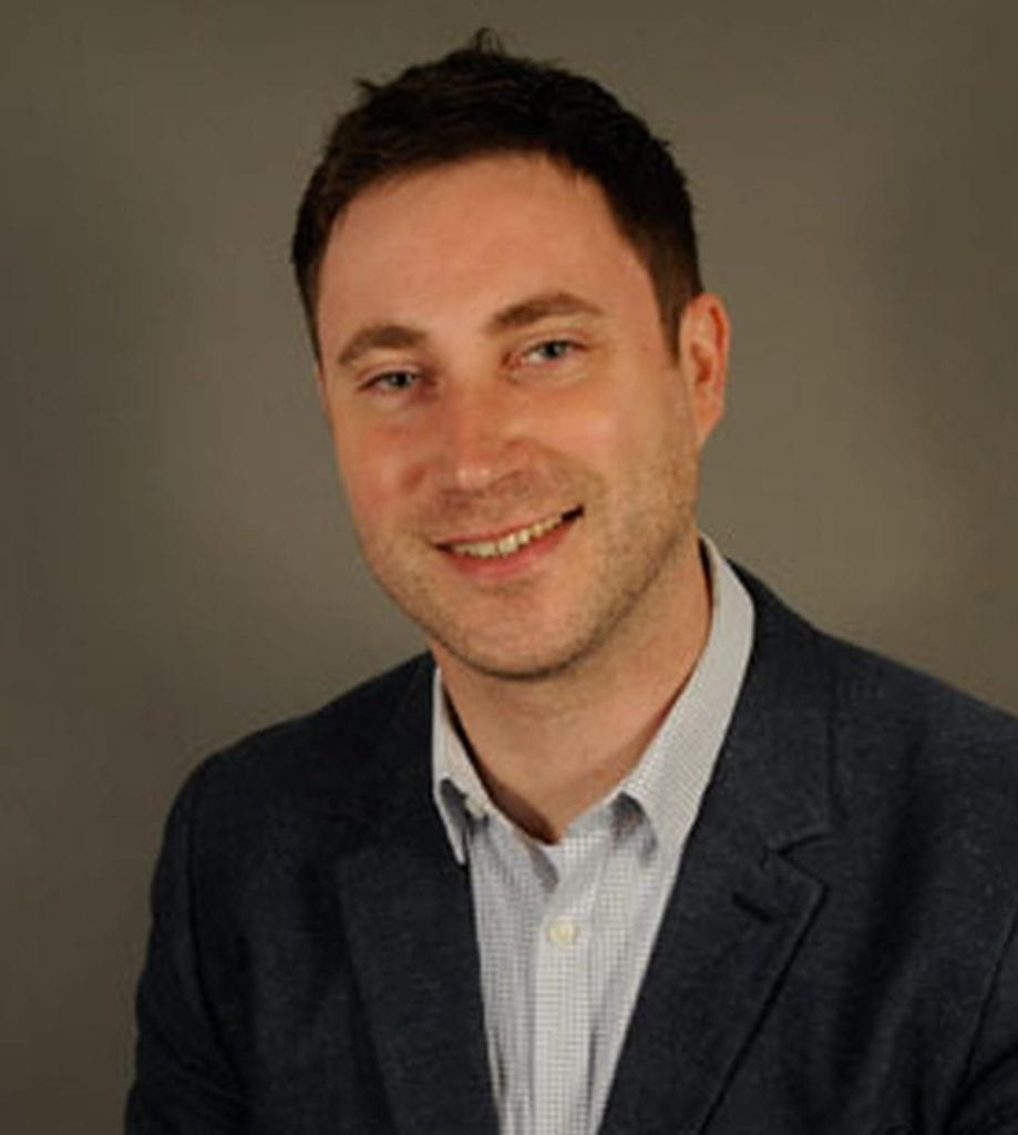 Andrew Elder headshot