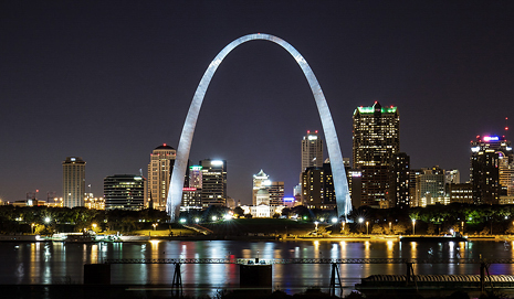 Gateway Arch St. Louis Photographer Jason Lusk on blog Building the World