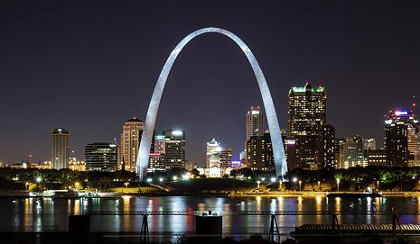 Gateway Arch St. Louis Photographer Jason Lusk on blog Building the World