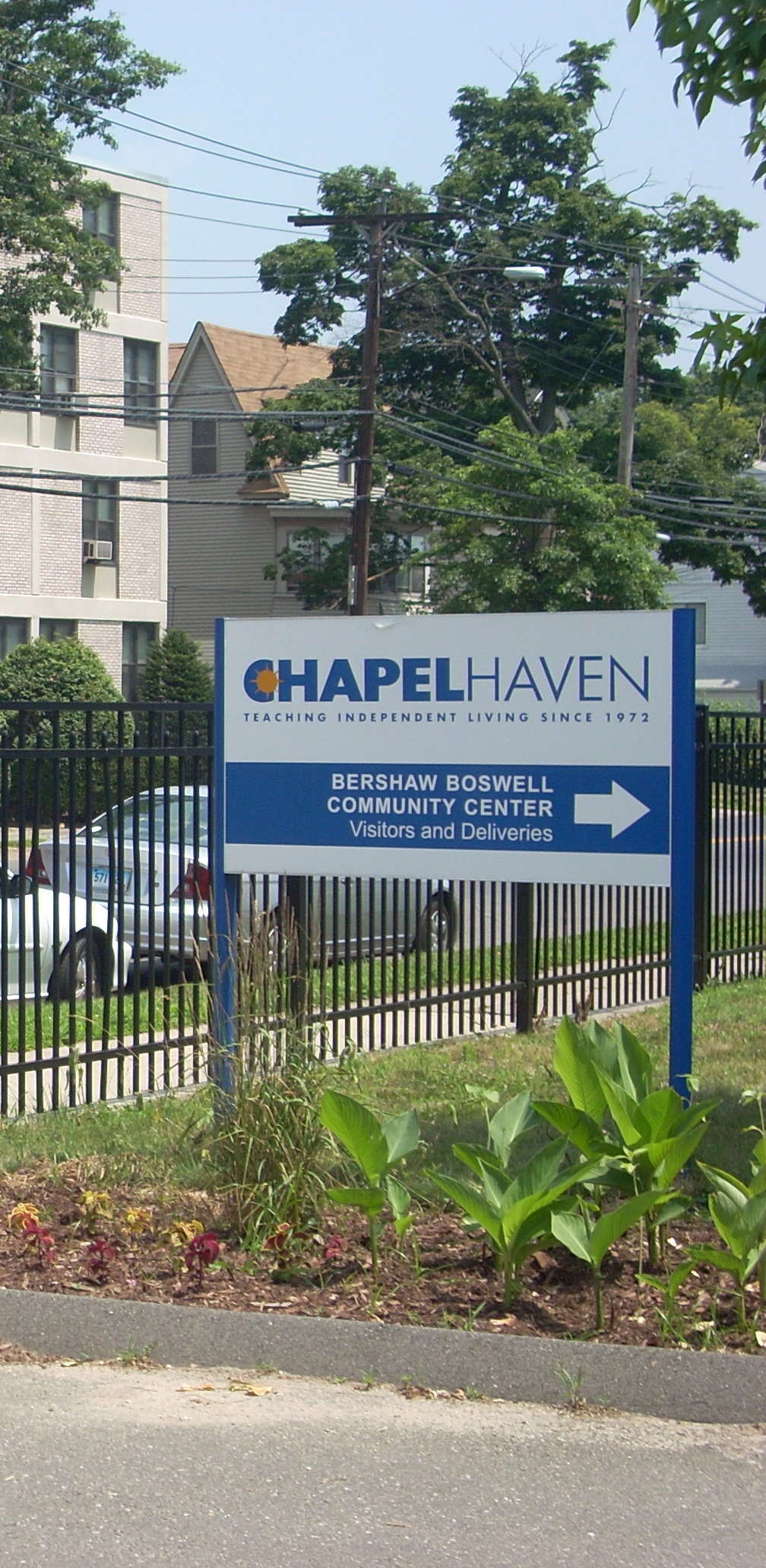 Chapel-Haven-Ave-Sign