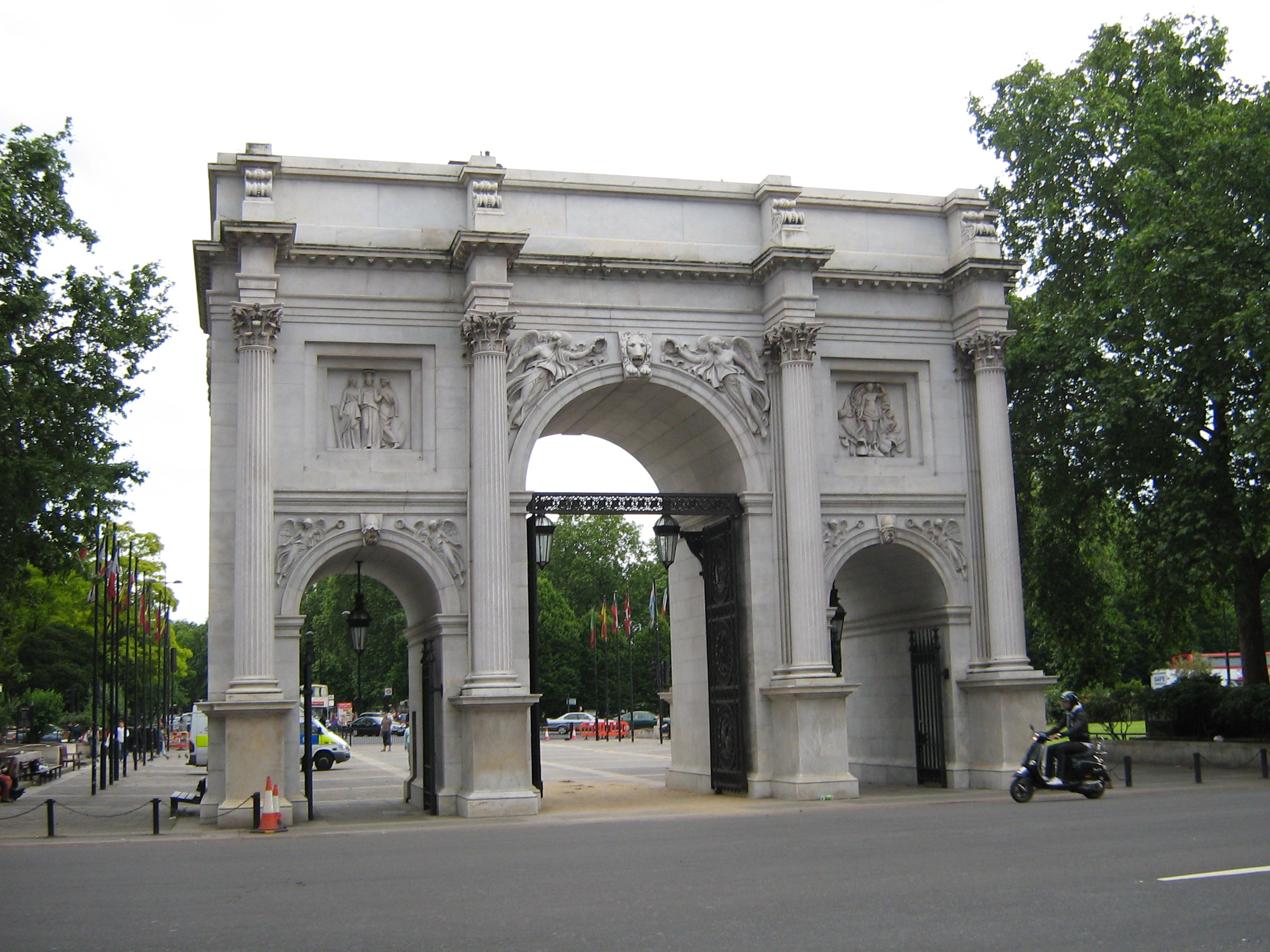 Marble Arch Virtually London Literature And Laptops