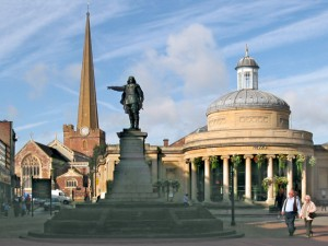 Bridgwater_cornexchange_staute_and_church