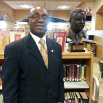 Councilman Toney visits library