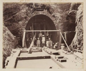 This photo shows workers building a tunnel during the Construction of the Benghal-Nagpur Railway in 1890.  This shows the british Engineering abilities of the time. Link: http://digitalcollections.smu.edu/cdm/singleitem/collection/eaa/id/1473/rec/10