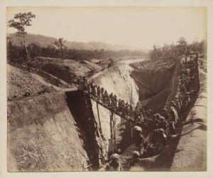 Above is a photo an Indian railroad construction site of the Benghal Nagpur Railroad Construction (1890).   Link: http://digitalcollections.smu.edu/cdm/singleitem/collection/eaa/id/1503/rec/18