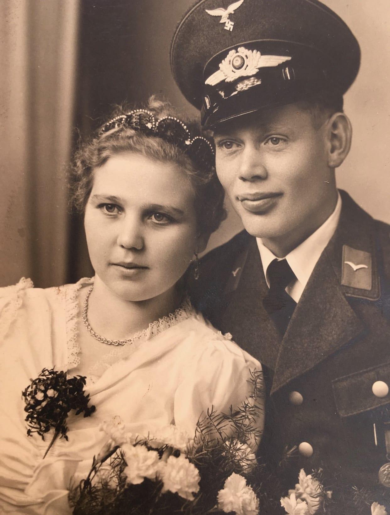 Grand-grandmom's parachute dress, 1939