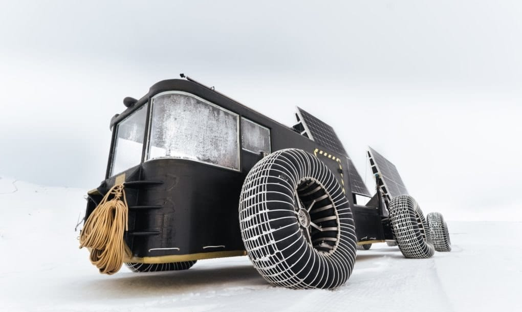 Solar-powered, 3D-printed vehicle
