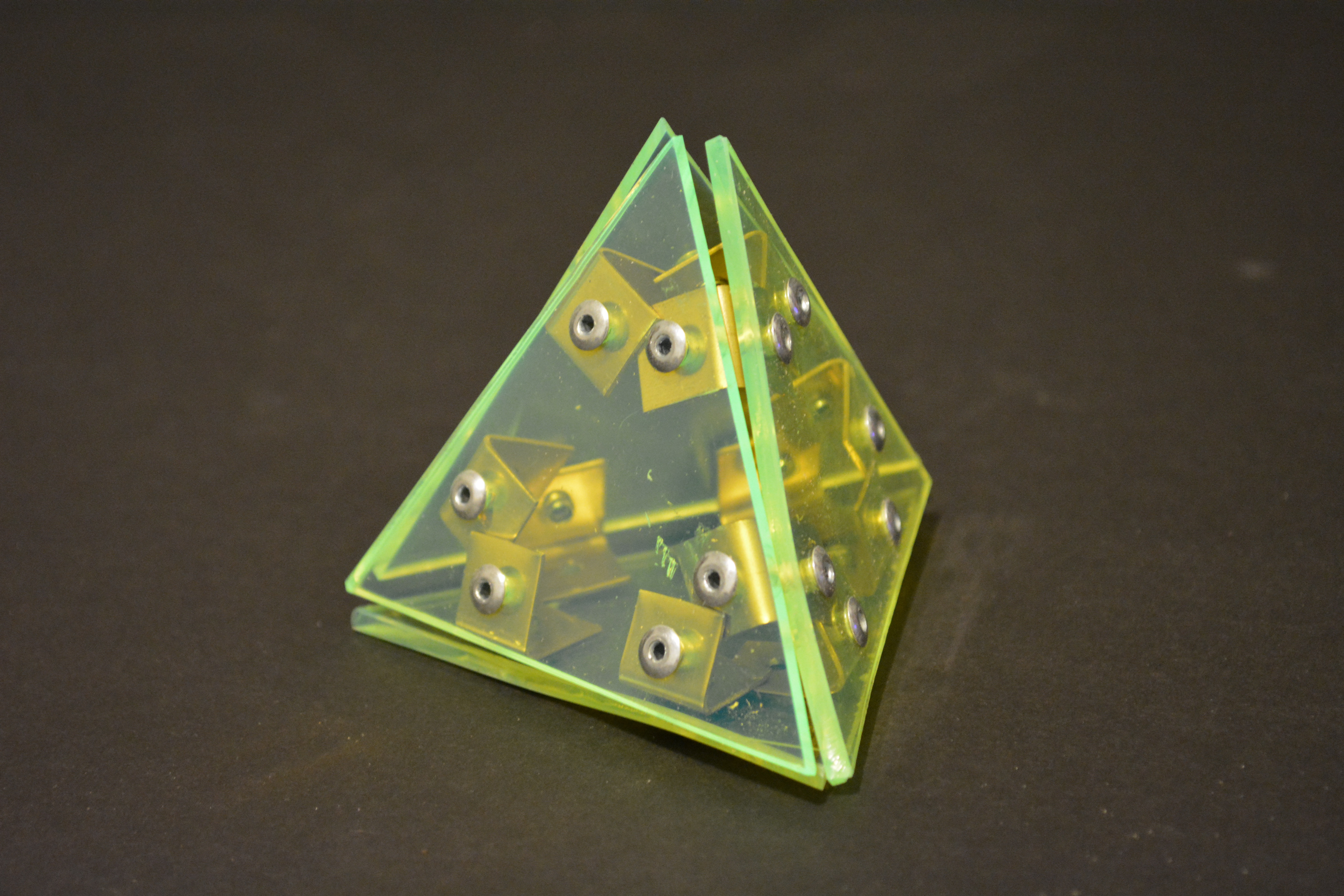 Mini Assignment – Plexi Pyramid