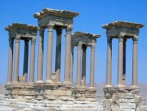 four-columns-152345
