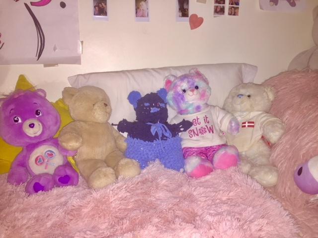 Material-ized; Teddy Bear