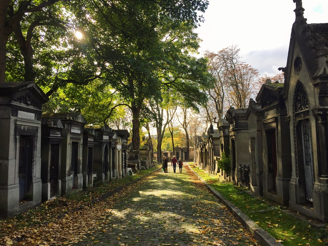 Pere Lachaise Tour -initial findings