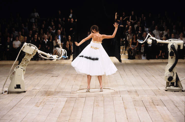 Alexander McQueen – Fashion and time