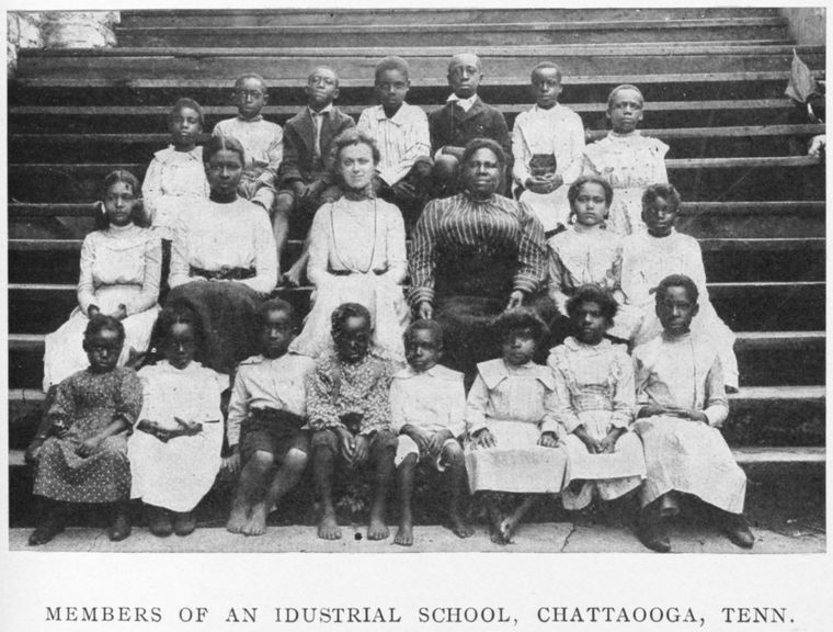 "Schomburg Center for Research in Black Culture, Jean Blackwell Hutson Research and Reference Division, The New York Public Library. ""Members of an industrial school, Chattaooga, Tenn."" The New York Public Library Digital Collections. 1906. http://digitalcollections.nypl.org/items/510d47df-9e15-a3d9-e040-e00a18064a99"
