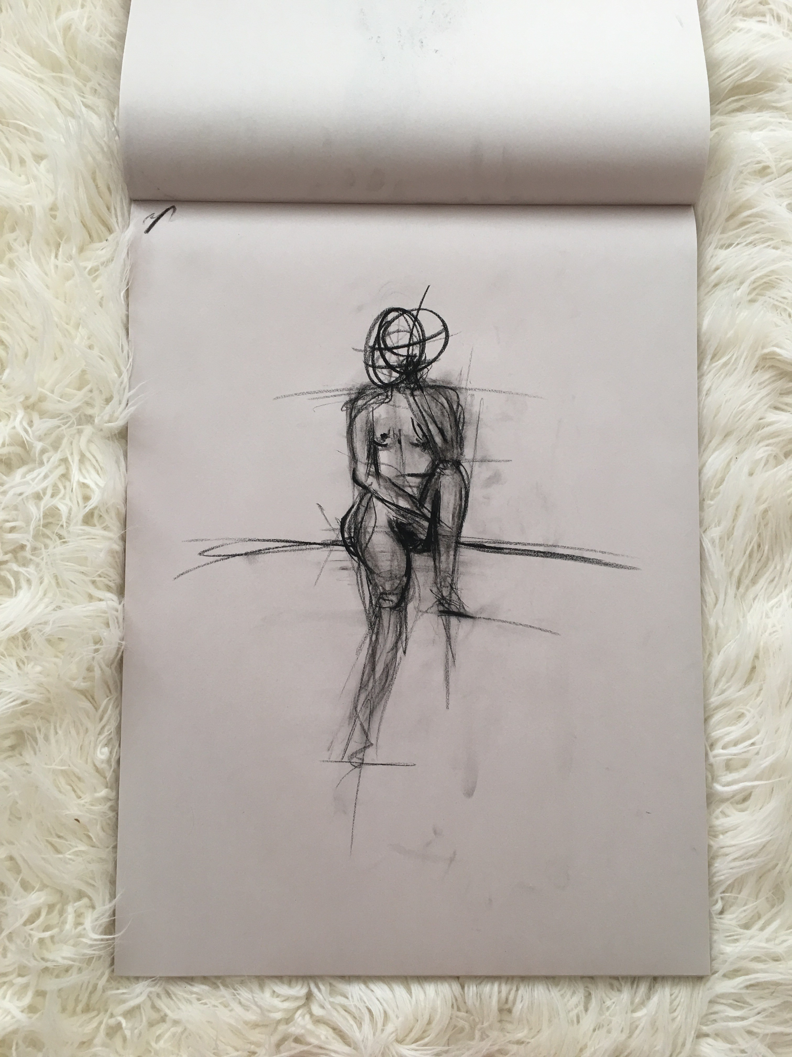 Live Model Gesture Drawing | VICTORIA BLAKEMORE