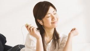 I always hum while I listen to music.