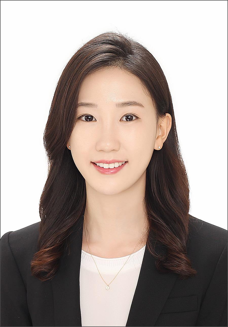 HyeonJi Hong