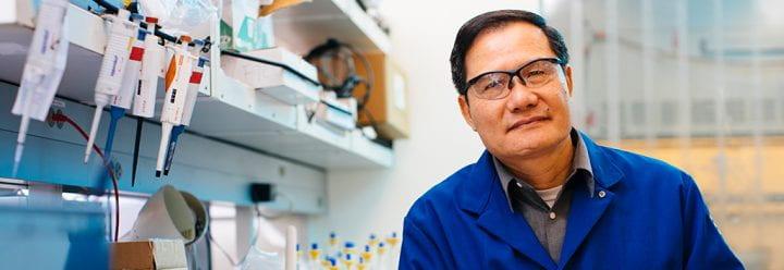 Portrait of UC Santa Cruz Professor of Chemistry & Biochemistry Shaowei Chen