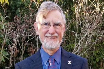 Ian Walton (Ph.D. '77, mathematics) honored with Distinguished Graduate Alumni Award