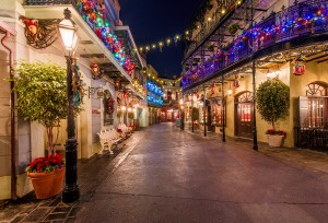 new-orleans-square-disneyland-christmas