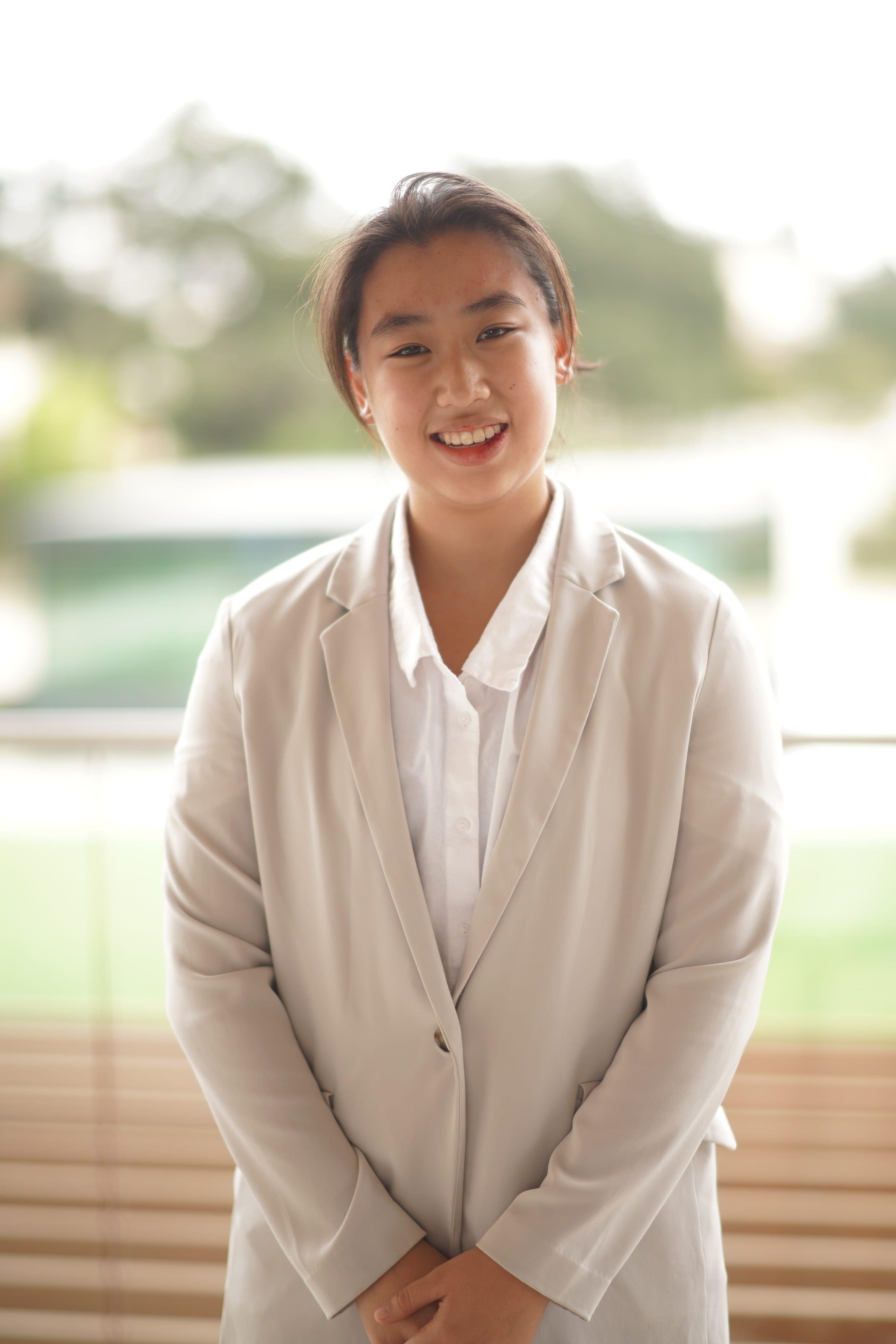 Natasha Wong CMC'22, Analyst