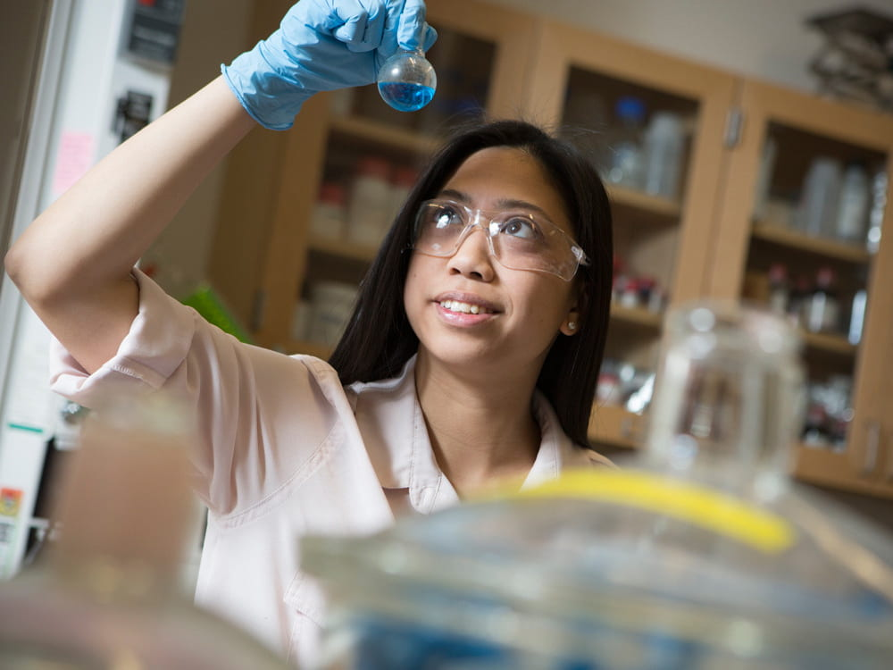 Photo of biological engeineering student in the lab