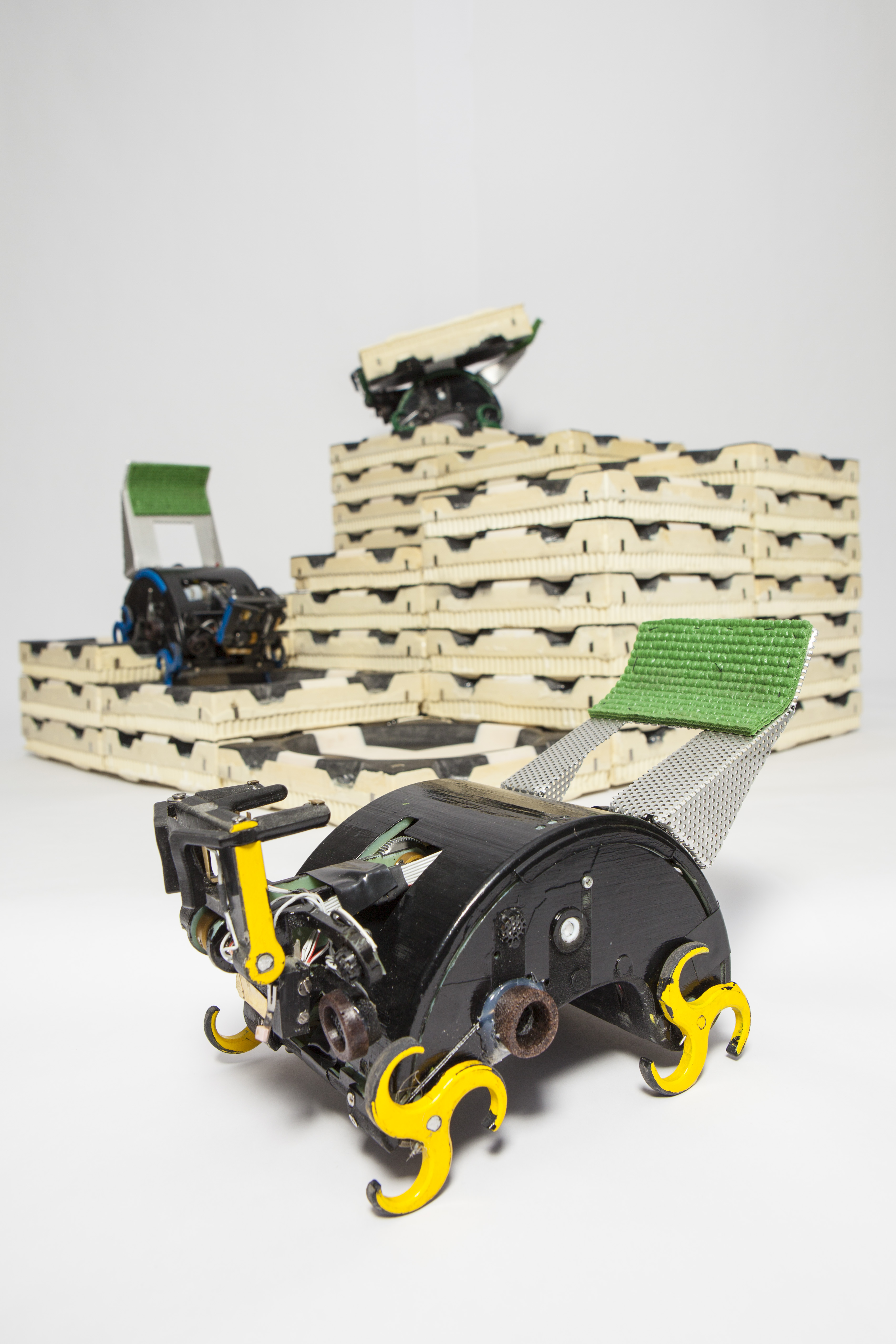 Termite-Inspired Robots for Collective Construction