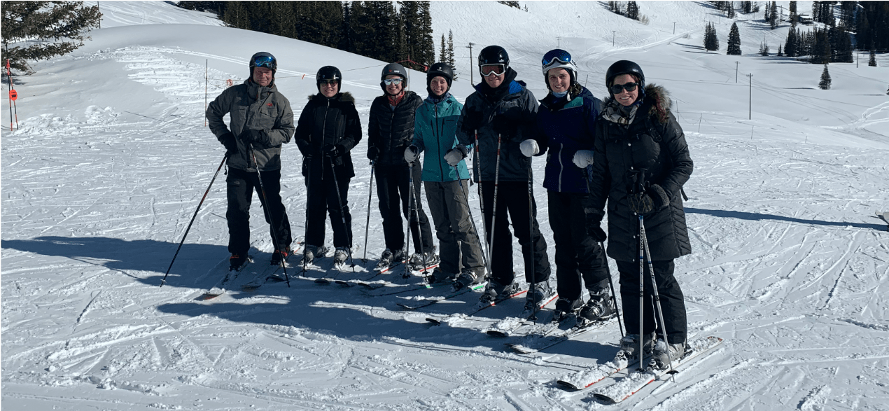 Putnam Lab bonding on ski trip to Alta, Utah for the Kopecek Symposium