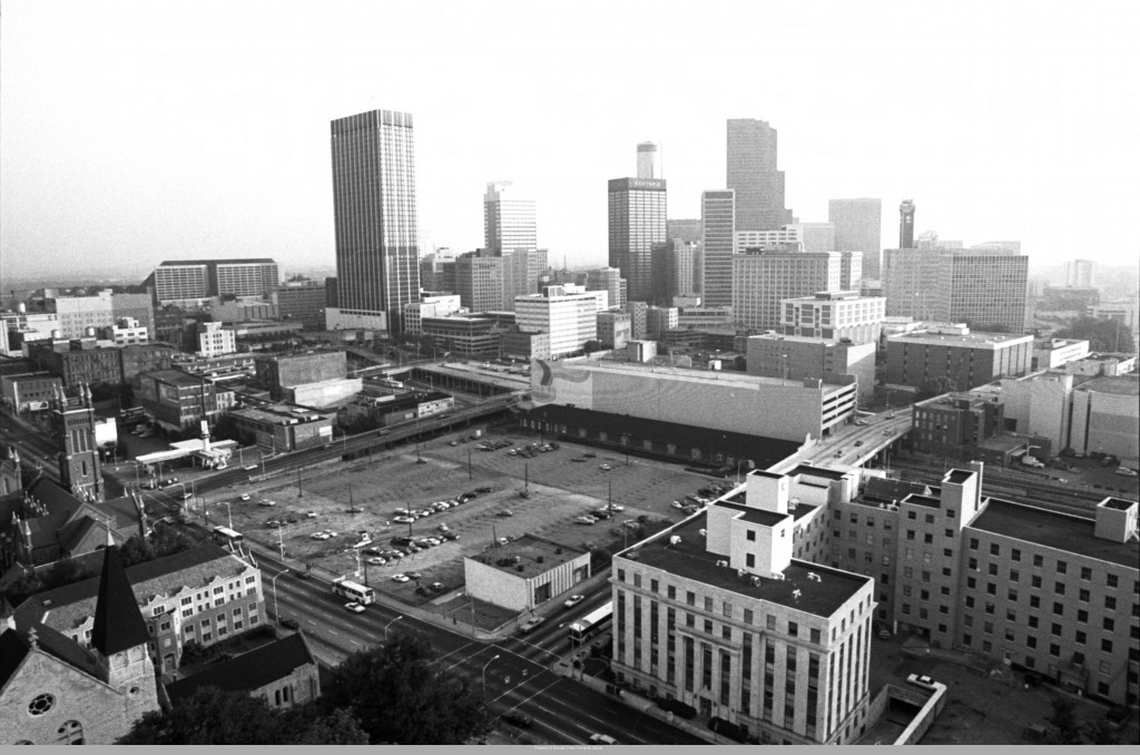 Aerial_view_of_Atlanta_1985