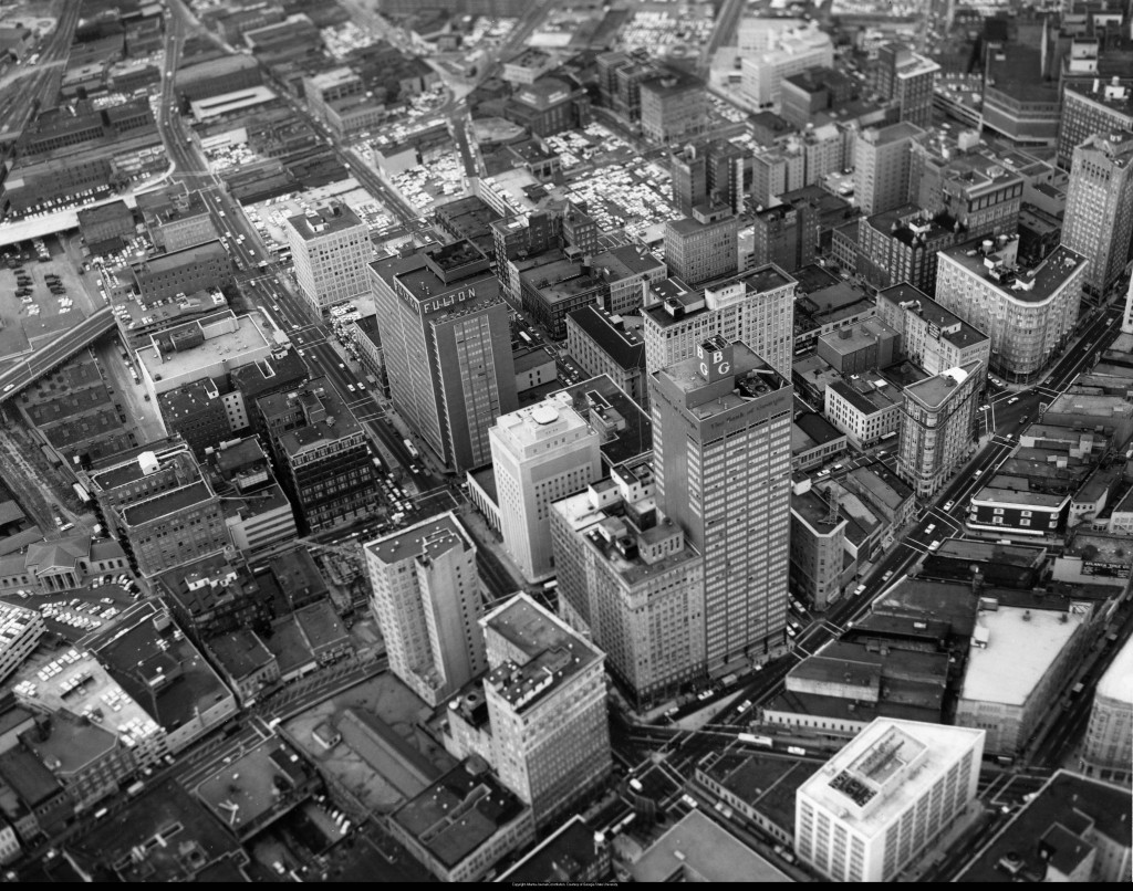 Aerial_view_of_downtown_Atlanta_Georgia_September_29_1962 (1)