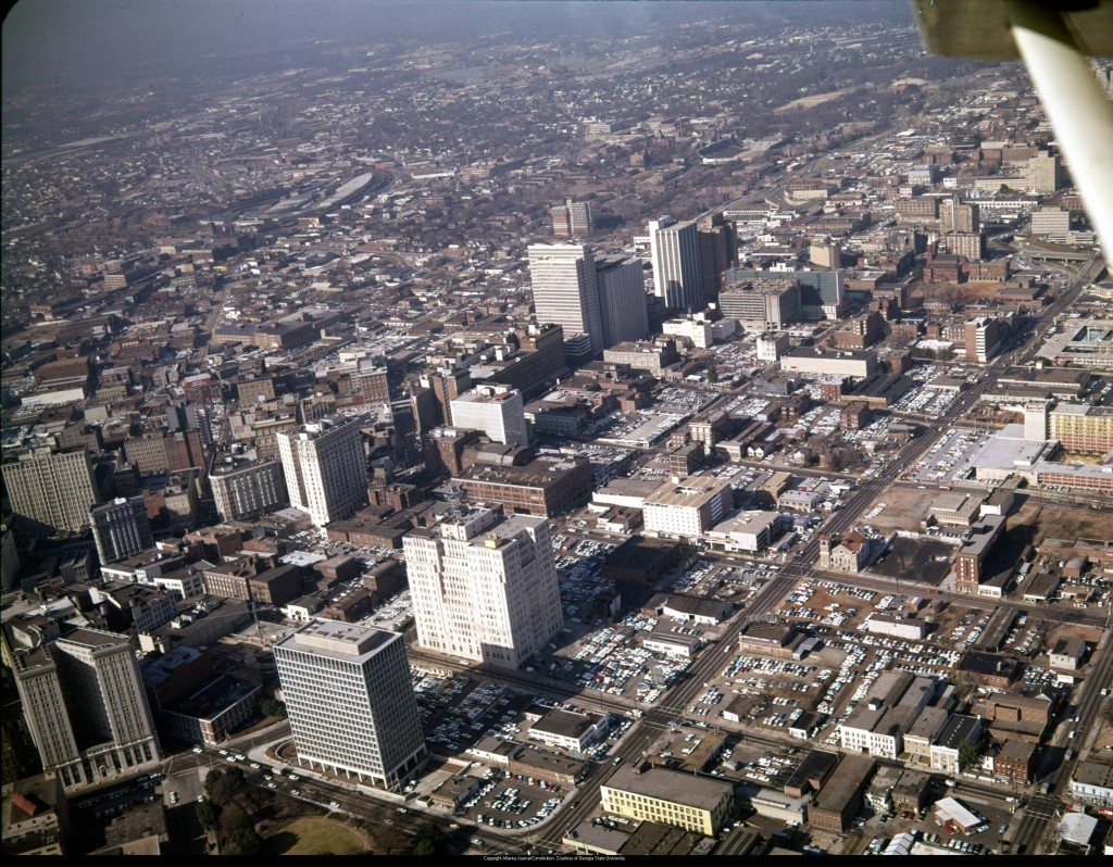 Aerial_view_of_downtown_looking_northwest_showing_large_areas_covered_in_parking_lots_Atlanta_Georgia_December_21_1965 (1)