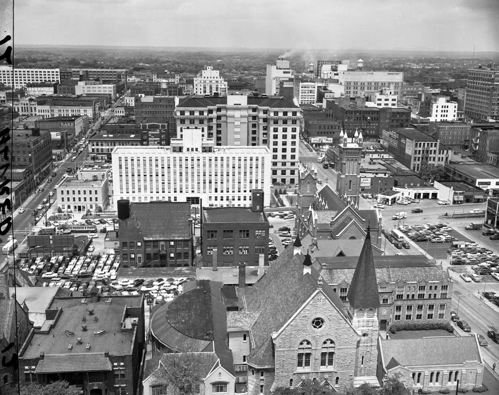 Atlanta_looking_west_from_the_Georgia_State_Capitol_Atlanta_Georgia_October_1950