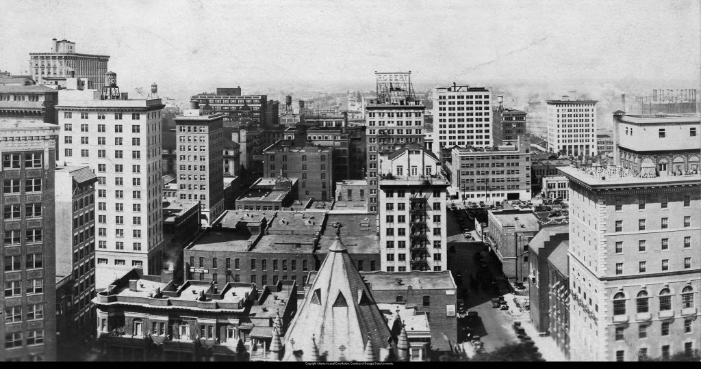 Skyline_and_city_view_of_Atlanta_Georgia_mid_1920s