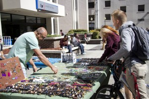 library plaza jewelry vendor