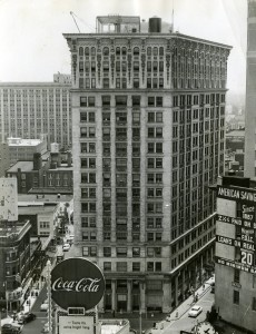 candler_building_and_surrounding_streets_1955