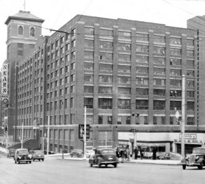 Sears, Roebuck and Company, 1948. AJCP299-056f, Atlanta Journal-Constitution Photographic Archives. Special Collections and Archives, Georgia State University Library.