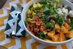 "Fetzer, Mary. ""4 Fab Lunch Salads."" SheKnows. N.p., 01 Nov. 2013. Web. 22 Mar. 2016. ."