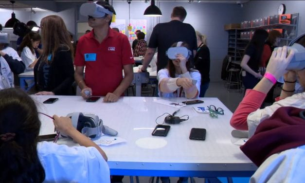 ICTN: Verizon Innovative Learning Lab Opens at Austin Middle School